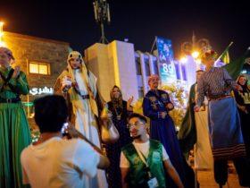Saudi Arabia Planning To Increase Their Tour Guides